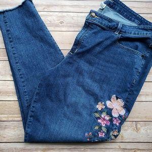 Lane Bryant 24 Skinny Jeans Floral Design Raw Hem